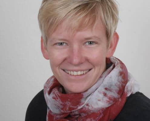 Frau Regina Bongartz